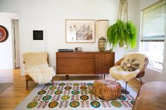 Gregory and Jenny's Relaxed Hippie Bungalow — House Tour