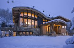 Little Nell Residence by Charles Cunniffe Architects, Aspen Colorado. Photo by Steve Mundinger (www.cunniffe.com)