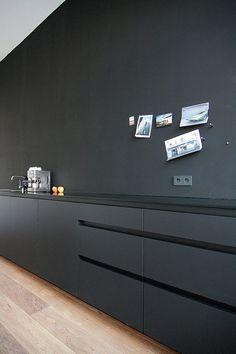 . #Black #minimalist #kitchen