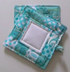 Quilted potholders quilt pothold, project, crafti, gift ideas, quilt galor, kitchen, quilt gift, quilted potholders, patchwork pothold
