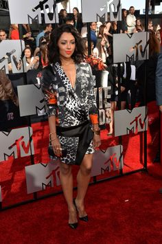 Click here to see the looks from the MTV Movie Awards!