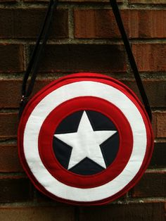 Captain America, shield round bag, purse with adjustable strap, costume, cosplay, Marvel comics.