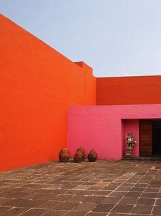 1950: The entrance courtyard of Luis Barragán's Casa Prieto López in El Pedregal, Mexico City. Tangerine courtyard.