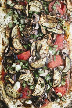 Easy homemade veggie pizza