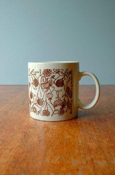vintage taylor ng birds and berries mug
