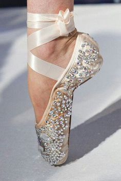 Bedazzled pointe shoe. Glamorous, elegant and beautiful!>>>>> Reminds me of Swan Lake. I think my studio is doing Swan Lake next year for our summer show!