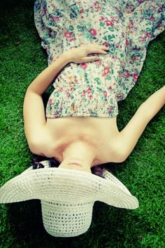 I love cute little sundresses~