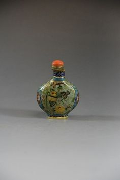 """Chinese Royal Snuff Bottle  3"""" H"""