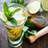 sweet tea, cocktail recipes, fruit drinks, iced tea, tea recipes, tea mojito, drinks alcohol, alcohol recipes, ice green