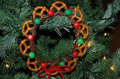 christmas wreaths! so cute.