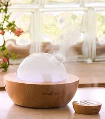 About Diffusers and Diffusing: things to consider before purchasing one... http://blog.younglivingcircle.com/aromatherapy/diffusers/#