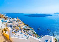 Une croisière à Santorin...Vous allez rêver debout ! #royalcaribbean #royalcaribbeanf #croisiere #croisieres #navire #tourisme #vacances #soleil #mediterranee #santorin #grece