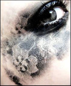 Black Lace eye
