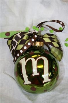 love the colors of this initial ornament christmas parties, ornamentchristma decor, color, gift ideas, christmas decorations, initi ornament, hostess gifts, monogram ornament, christmas gifts