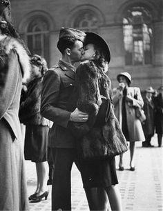 World War II kisses