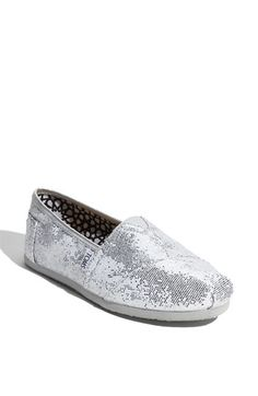 Silver Glitter Toms this is goig to be my first pair of toms <3