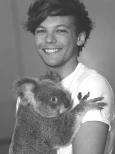 Louis Tomlinson, can you get anny cuter?!