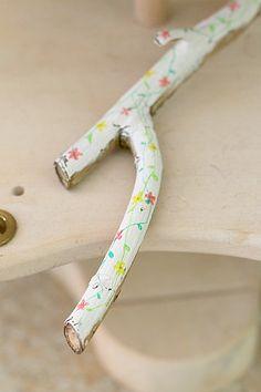 paint stick, diy sticks, fun craft ideas for kids, decoupage for kids