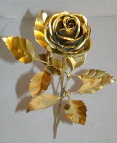 Роза своими руками из жести