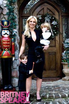 Britney proudly posing w/ sons Sean Preston & Jayden James! ♥