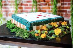 Minecraft wedding cake