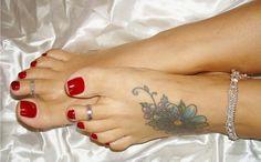 tattooed sexy feet