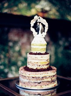 naked wedding cake, photo by Jen Huang http://ruffledblog.com/intimate-wedding-at-the-foundry-in-brooklyn #weddingcake #cakes