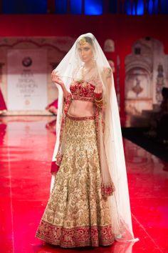 Indian wedding clothes Suneet_Varma.  Indian bridal lehenga. 2014, red and gold lehenga #shaadibazaar