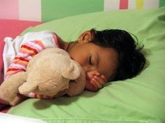 21 Ideas for Adding Spanish to Bedtime (can be done in English as well)