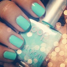 "Pop Beauty ""Mint Magic""!! My new favorite color!!!!"