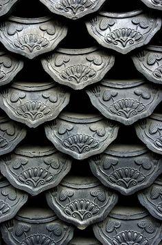 Love Korean tiles.