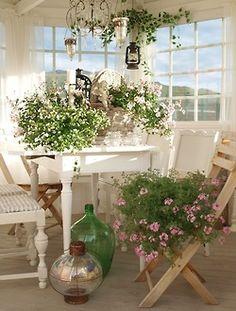 pretty sunroom