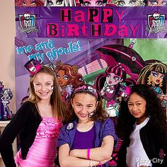 Doing the monster mash is more fun wearing Monster High dress up accessories! Click for lots more Monster High party ideas!