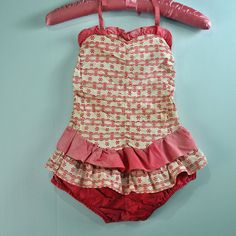 Little girl's vintage ruffled swimsuit - 1950s