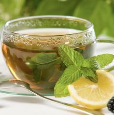 Want to shed some extra belly fat and improve your memory? Green tea is the way to go! Click here for more summer-cleansing foods.