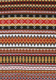 """""""Wisconsin Reds"""" krokbragd (a weft-faced weave) woven by Jane Connett.  See http://tangleweave.blogspot.com/2009/11/making-of-krokbragd-tote.html for more about krokbragd."""