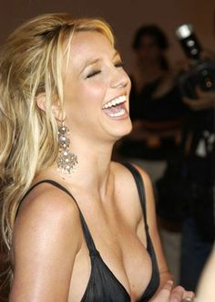 Everybody loves when Britney laughs