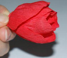 Crepe paper tulip tutorial