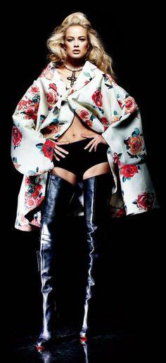 Carolyn Murphy | Numero China September 2012 women fashion, flower cape, hip fashionista, carolyn murphi, high boot, christian louboutin, women wear, numéro china, boots