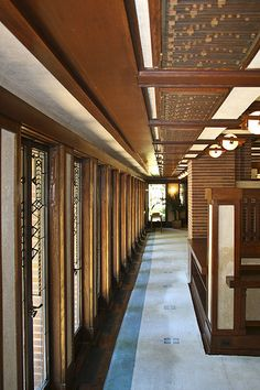Frank Lloyd Wright - Robie House: interesting piece for its complex repetition throughout the space.