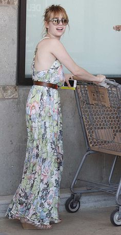 Emma Roberts pushes shopping cart, we laugh... and love her dress!