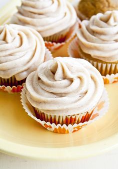 Pumpkin cupcakes with cinnamon cream cheese frosting by Nancy Creative