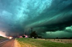 I want to be a storm chaser!