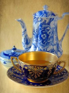 English Coalport China #teacup |  #tea  #te #teapot #teatime #teacup #blue