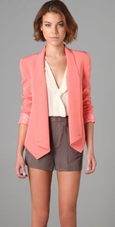 great summer work outfit- with longer shorts and cream pumps/low heal pointed shoes?