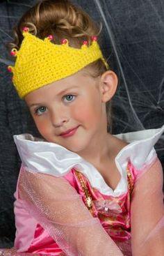 Tiara for a Princess Crochet Pattern   Red Heart Free Pattern