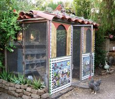 Mosaic AND a chicken coop! These chicks are living in style.