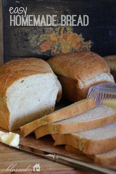 Easy Homemade Bread - #bread #homemade #baking