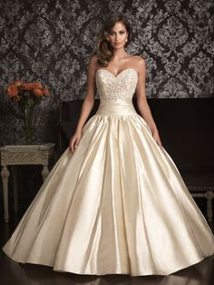 Allure-bridals-wedding-dress-bridal-gown-allure-collection-sweetheart-9001f.original