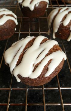 Glazed Gingerbread Cupcakes (small batch) #Christmas #dessert #holiday